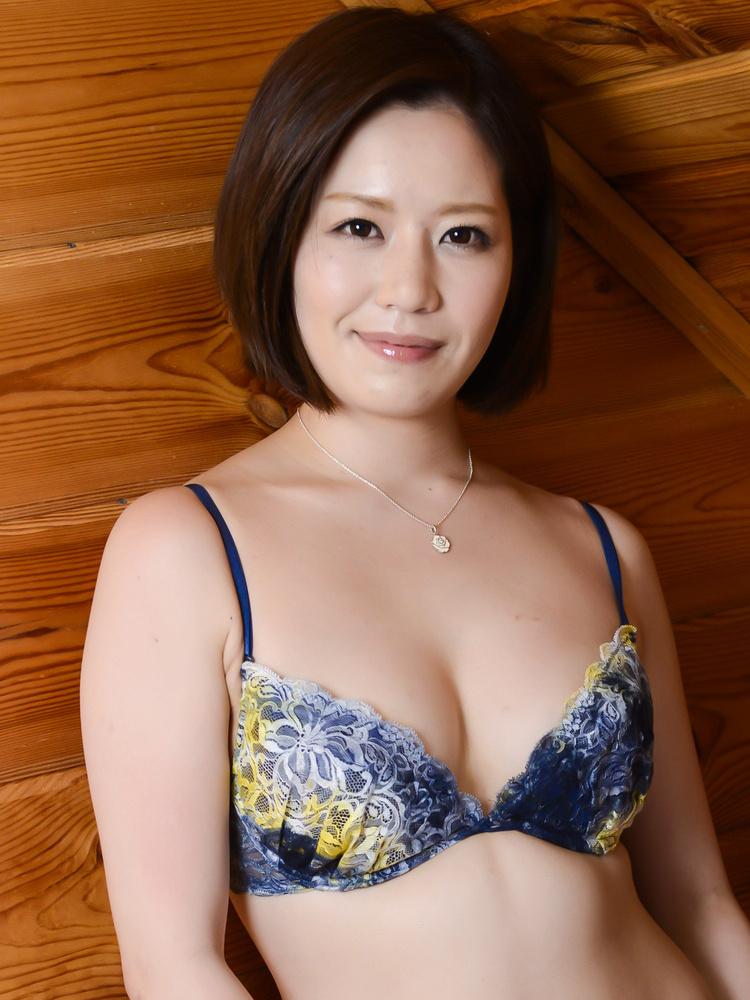 Av idol minami asano pictures and videos
