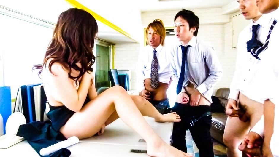 Masturbation And Blowjobs At Work With Chinatsu Kurusu