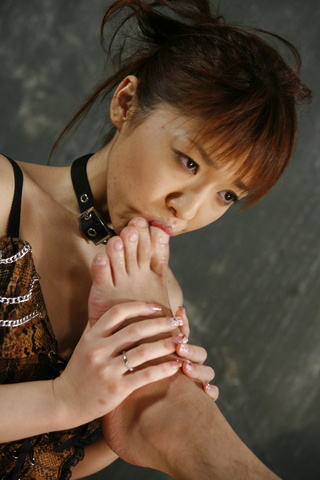 Mao Saito gets a sexy reward for wearing sexy lingerie Photo 7