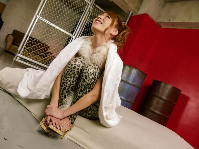Oily MILF Haruka Sanada av girl fucked in a threesome Photo 2
