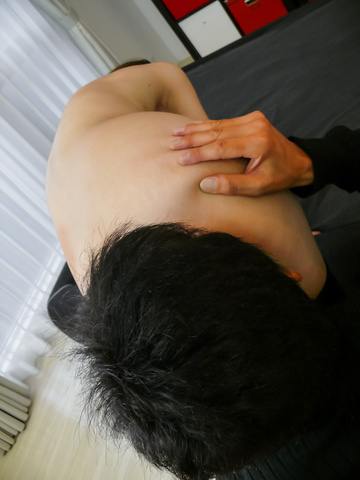 Busty MILF Arisa Kuroki gives asian blowjobs and rides cock Photo 2