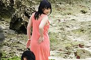 Megumi Haruka japanese av star fucked by two outdoors Photo 1