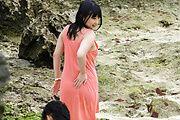Megumi Haruka japanese av star fucked by two outdoors Photo 1