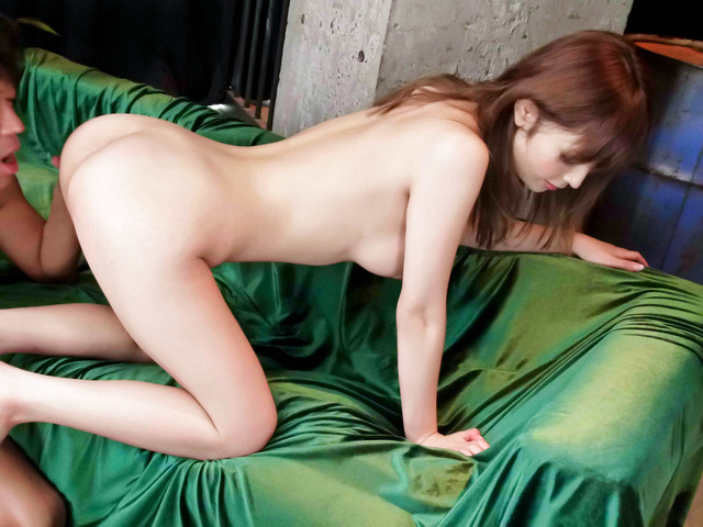 Hot body in hardcore action Riona Suzune Photo 12
