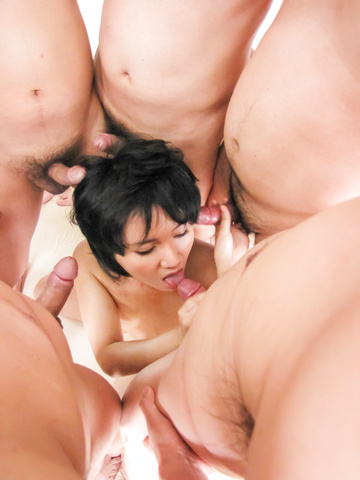 Saki Umita gets her fill of cock and asian anal sex Photo 8