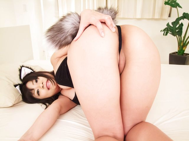 Aika Hoshino's Tight Asshole Gets Creampied Photo 2