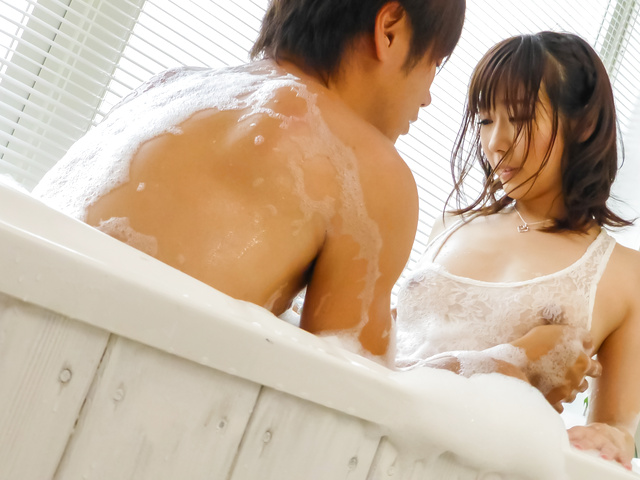 Japanese wife fucked bad and creamed on pussy Photo 1
