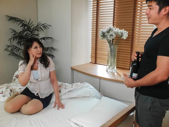 Asian anal hardcore with bustyHinata Komine Photo 1