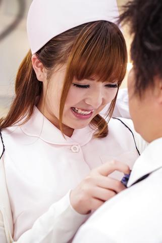 爆乳モデル鈴木愛~ナース姿で中出し Photo 3