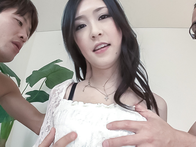 Asian creampie ends babe's filthy threesome  Photo 10