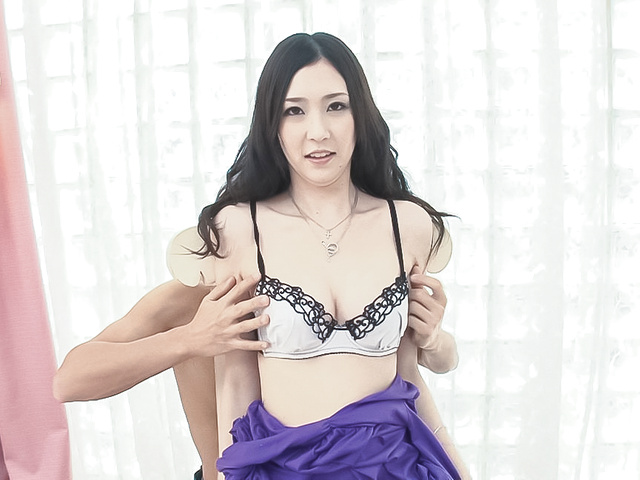 Asian creampie ends babe's filthy threesome  Photo 2