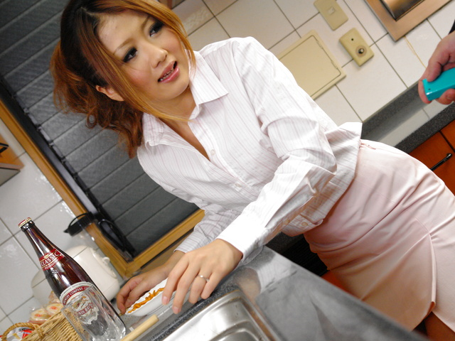 Hibik Ohtsuki's diner is not enough for her bosses Photo 2
