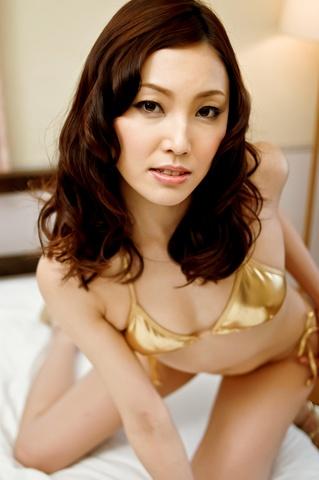 Sexy av MILF Nozomi Mashiro gets DPed and creampied Photo 2