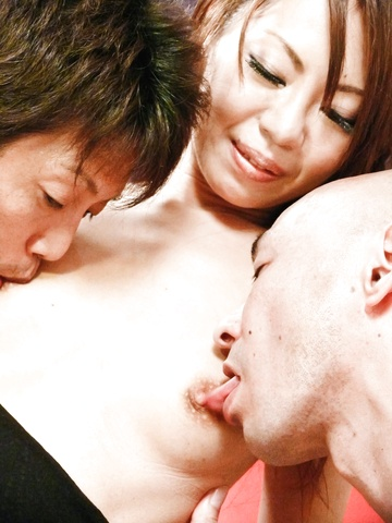 Slim and sexy Mio Hiragi gets down on two cocks Photo 11