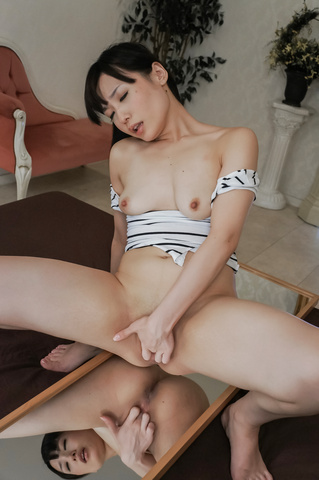 Cute Tsukushi in alluring group sex action  Photo 6